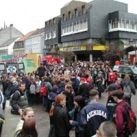 Schools-Out-Party auf dem Marktplatz
