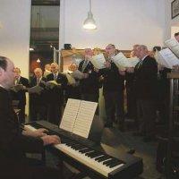 image treharris-male-voice-choir_21-jpg
