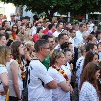Fußball-WM-Übertragung: GER – USA in der Fußgängerzone