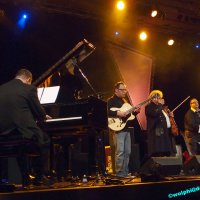 image 1503-jazz-so-wolphi-0143-jpg